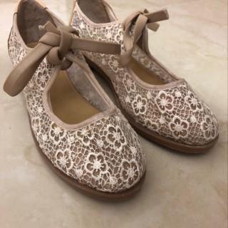 خرید | کفش | زنانه,فروش | کفش | شیک,خرید | کفش | کرم و کفی عسلی | ندارد,آگهی | کفش | 37_38,خرید اینترنتی | کفش | درحدنو | با قیمت مناسب