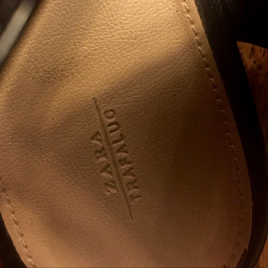 خرید | کفش | زنانه,فروش | کفش | شیک,خرید | کفش | پلنگى | ZARA,آگهی | کفش | 39,خرید اینترنتی | کفش | درحدنو | با قیمت مناسب