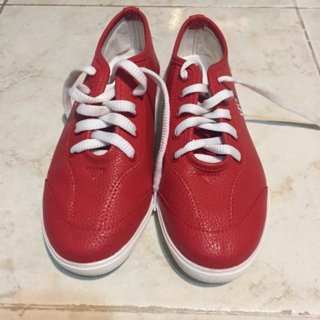 خرید | کفش | زنانه,فروش | کفش | شیک,خرید | کفش | قرمز | داخلی,آگهی | کفش | 38,خرید اینترنتی | کفش | جدید | با قیمت مناسب