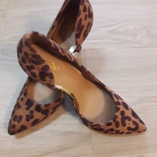 خرید | کفش | زنانه,فروش | کفش | شیک,خرید | کفش | پلنگی | نمیدونم,آگهی | کفش | 39,خرید اینترنتی | کفش | جدید | با قیمت مناسب
