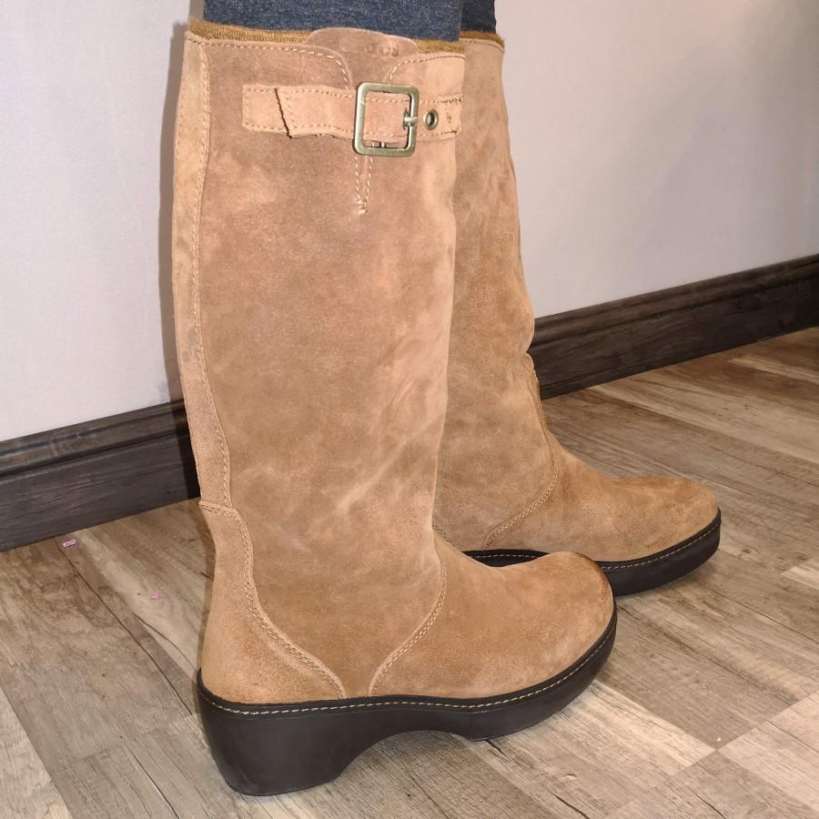 خرید   کفش   زنانه,فروش   کفش   شیک,خرید   کفش   عسلی   Crocs,آگهی   کفش   39,خرید اینترنتی   کفش   درحدنو   با قیمت مناسب