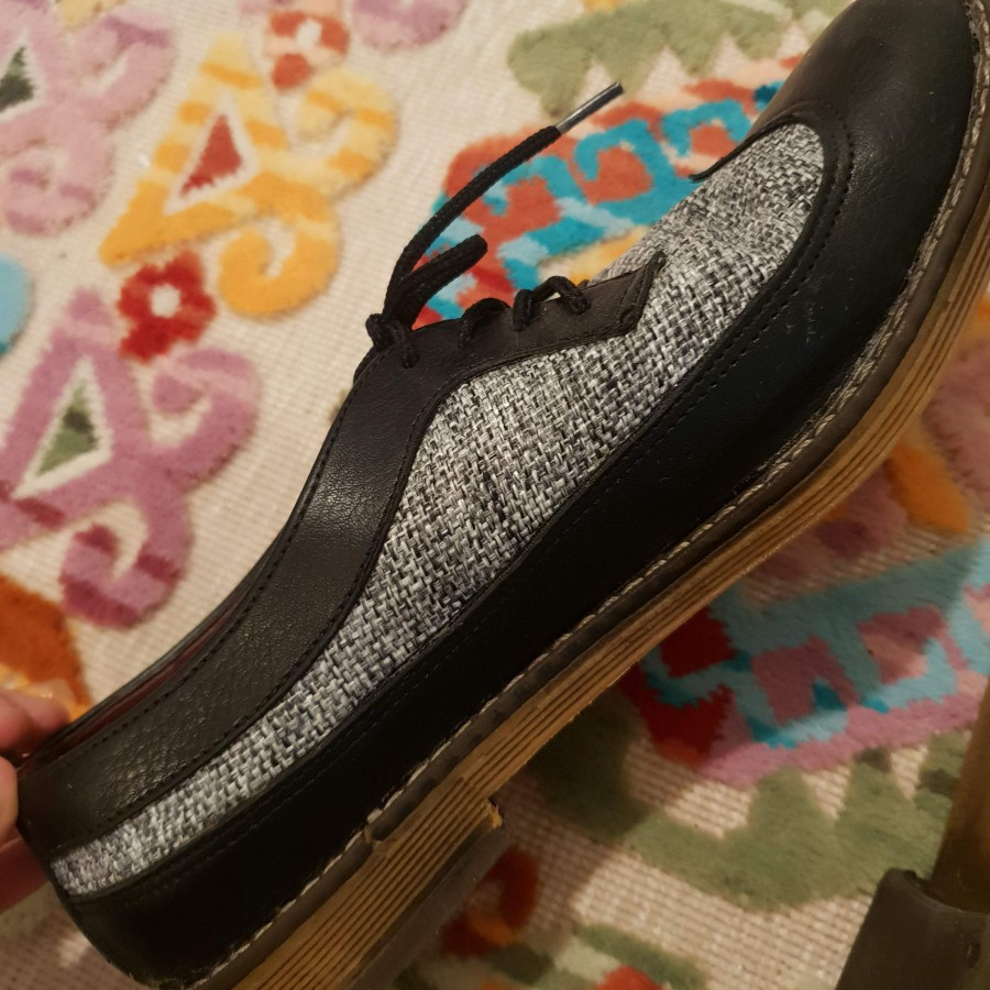 خرید   کفش   زنانه,فروش   کفش   شیک,خرید   کفش   طوسی، مشکی   ایرانی,آگهی   کفش   38,خرید اینترنتی   کفش   درحدنو   با قیمت مناسب