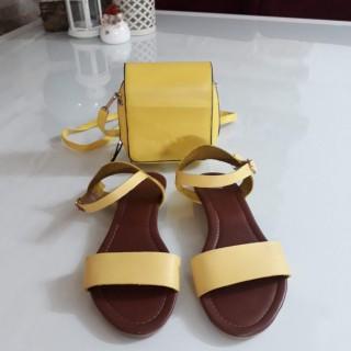 خرید | کفش | زنانه,فروش | کفش | شیک,خرید | کفش | زرد | .,آگهی | کفش | 38,خرید اینترنتی | کفش | درحدنو | با قیمت مناسب