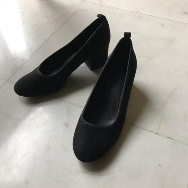 خرید   کفش   زنانه,فروش   کفش   شیک,خرید   کفش   مشكى   BERSHKA,آگهی   کفش   36,خرید اینترنتی   کفش   جدید   با قیمت مناسب