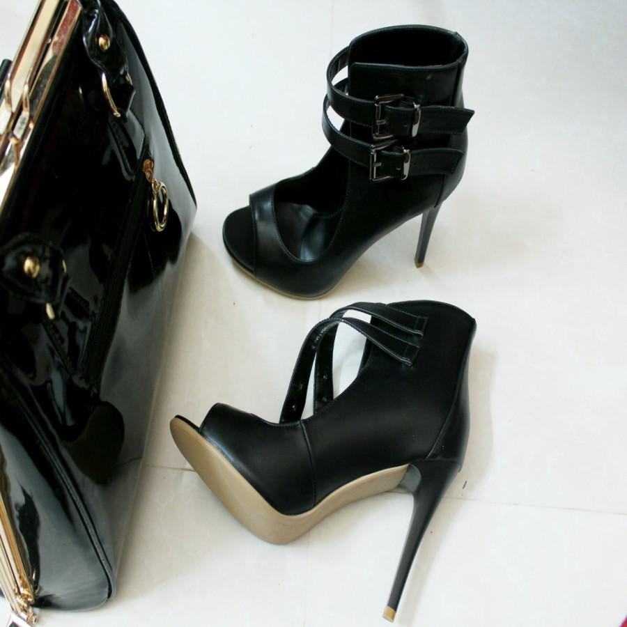 خرید | کفش | زنانه,فروش | کفش | شیک,خرید | کفش | مشکی | vincci,آگهی | کفش | 40,خرید اینترنتی | کفش | جدید | با قیمت مناسب