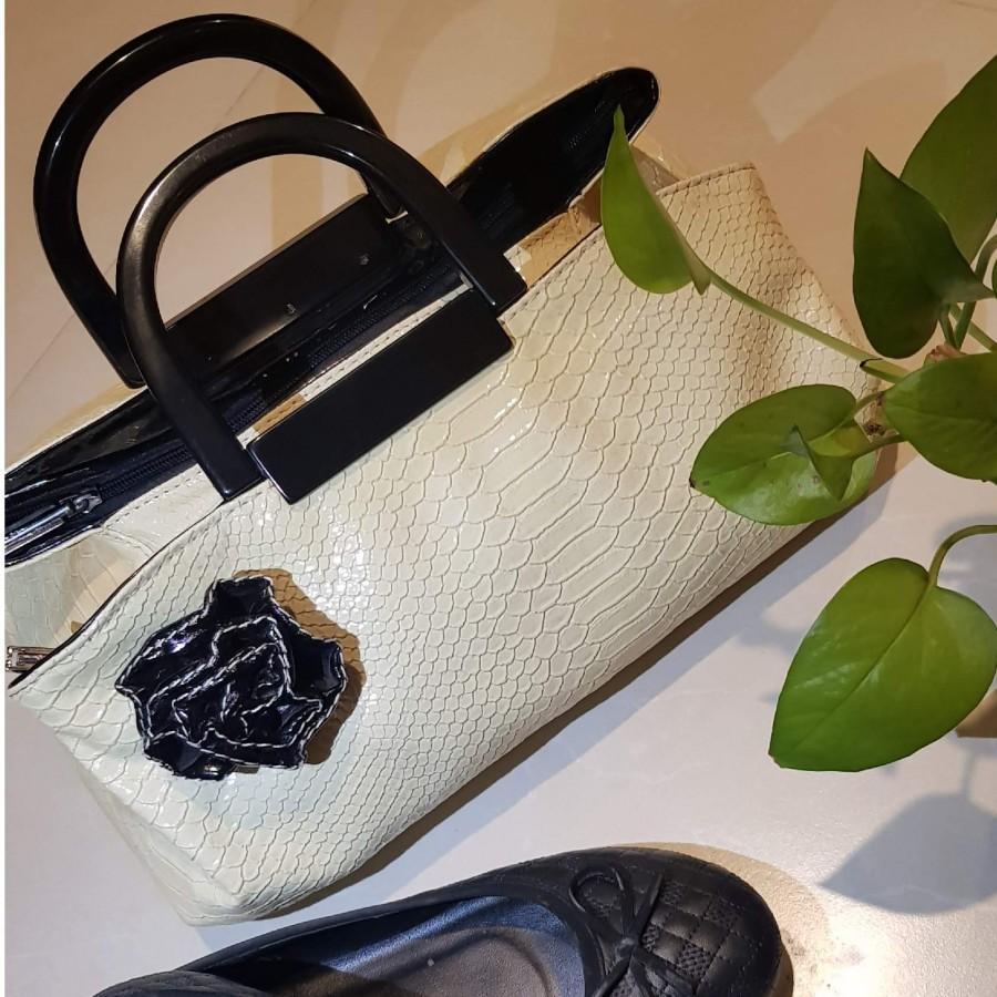 خرید   کیف   زنانه,فروش   کیف   شیک,خرید   کیف   کرم   ترک,آگهی   کیف   _,خرید اینترنتی   کیف   جدید   با قیمت مناسب