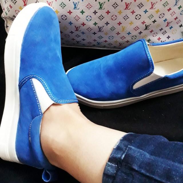 خرید | کفش | زنانه,فروش | کفش | شیک,خرید | کفش | آبی کاربنی | .,آگهی | کفش | 37,خرید اینترنتی | کفش | جدید | با قیمت مناسب