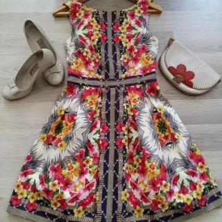 خرید | لباس مجلسی | زنانه,فروش | لباس مجلسی | شیک,خرید | لباس مجلسی | زمینه شیری با گلهای رنگی | Oasis,آگهی | لباس مجلسی | 36,خرید اینترنتی | لباس مجلسی | درحدنو | با قیمت مناسب