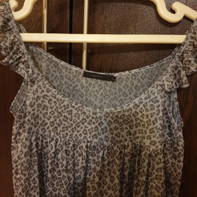 خرید | تاپ / شومیز / پیراهن | زنانه,فروش | تاپ / شومیز / پیراهن | شیک,خرید | تاپ / شومیز / پیراهن | طوسی آبی | توی عکس مشخصه,آگهی | تاپ / شومیز / پیراهن | 38/40,خرید اینترنتی | تاپ / شومیز / پیراهن | جدید | با قیمت مناسب