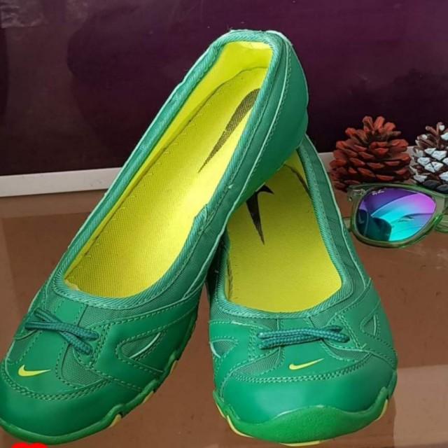 خرید | کفش | زنانه,فروش | کفش | شیک,خرید | کفش | سبز | نایک,آگهی | کفش | 40,خرید اینترنتی | کفش | جدید | با قیمت مناسب