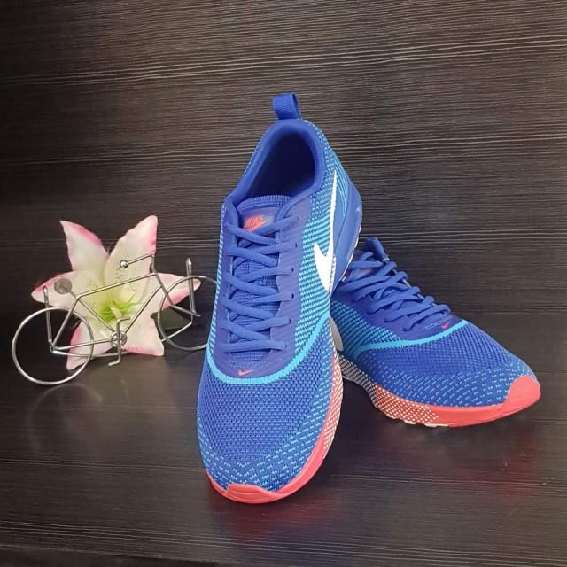 خرید | کفش | زنانه,فروش | کفش | شیک,خرید | کفش | طبق تصویر | نایک,آگهی | کفش | 42,خرید اینترنتی | کفش | جدید | با قیمت مناسب