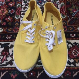خرید | کفش | زنانه,فروش | کفش | شیک,خرید | کفش | زرد | cedarwood,آگهی | کفش | 45,خرید اینترنتی | کفش | جدید | با قیمت مناسب
