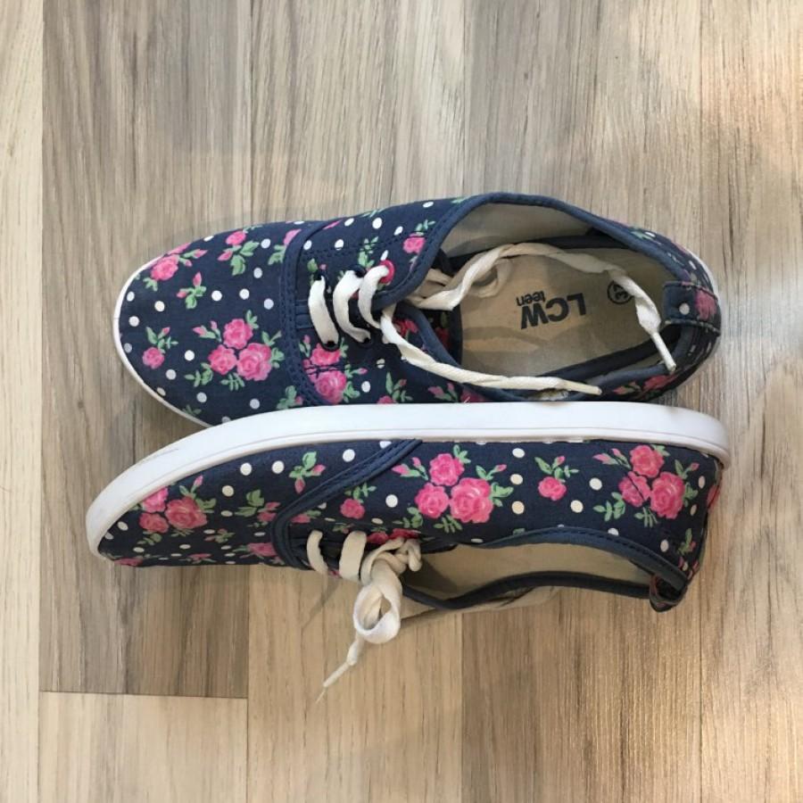 خرید | کفش | زنانه,فروش | کفش | شیک,خرید | کفش | - | Lc Walkiki,آگهی | کفش | 37,خرید اینترنتی | کفش | درحدنو | با قیمت مناسب