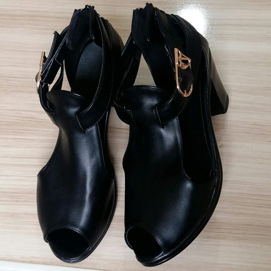 خرید | کفش | زنانه,فروش | کفش | شیک,خرید | کفش | مشکی چرم | _,آگهی | کفش | 39,خرید اینترنتی | کفش | جدید | با قیمت مناسب