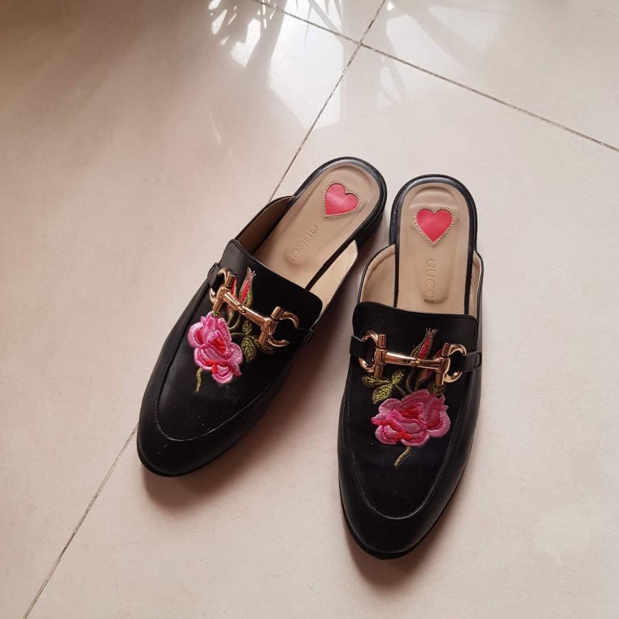 خرید | کفش | زنانه,فروش | کفش | شیک,خرید | کفش | مشکی | Gucci,آگهی | کفش | 40,خرید اینترنتی | کفش | درحدنو | با قیمت مناسب