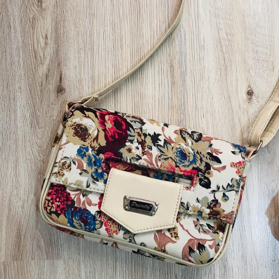 خرید   کیف   زنانه,فروش   کیف   شیک,خرید   کیف   کرم   ندارد,آگهی   کیف   19 سانت در 29 ساعنت,خرید اینترنتی   کیف   جدید   با قیمت مناسب