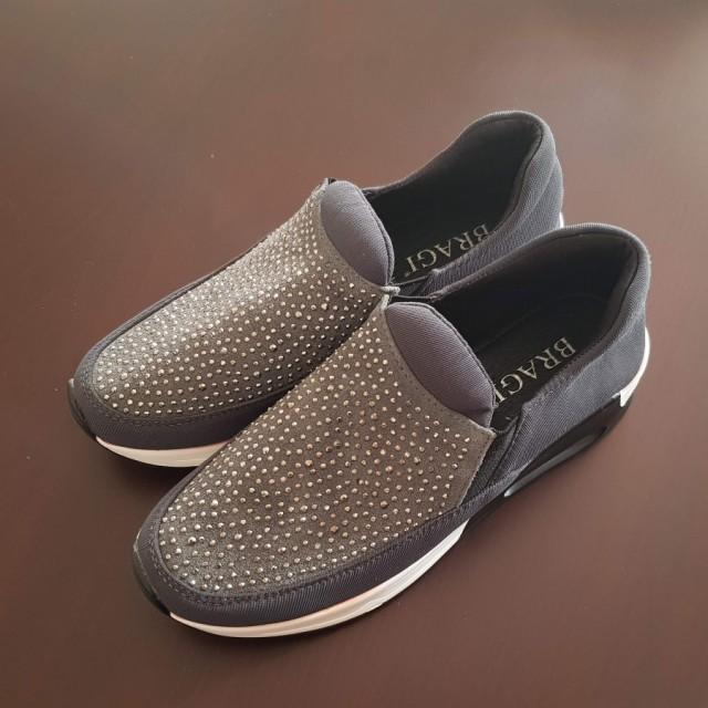 خرید | کفش | زنانه,فروش | کفش | شیک,خرید | کفش | طوسی | Bragi,آگهی | کفش | 39,خرید اینترنتی | کفش | جدید | با قیمت مناسب