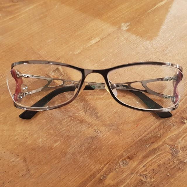 خرید | عینک  | زنانه,فروش | عینک  | شیک,خرید | عینک  | نقره ای. زرشکی | .,آگهی | عینک  | .,خرید اینترنتی | عینک  | درحدنو | با قیمت مناسب