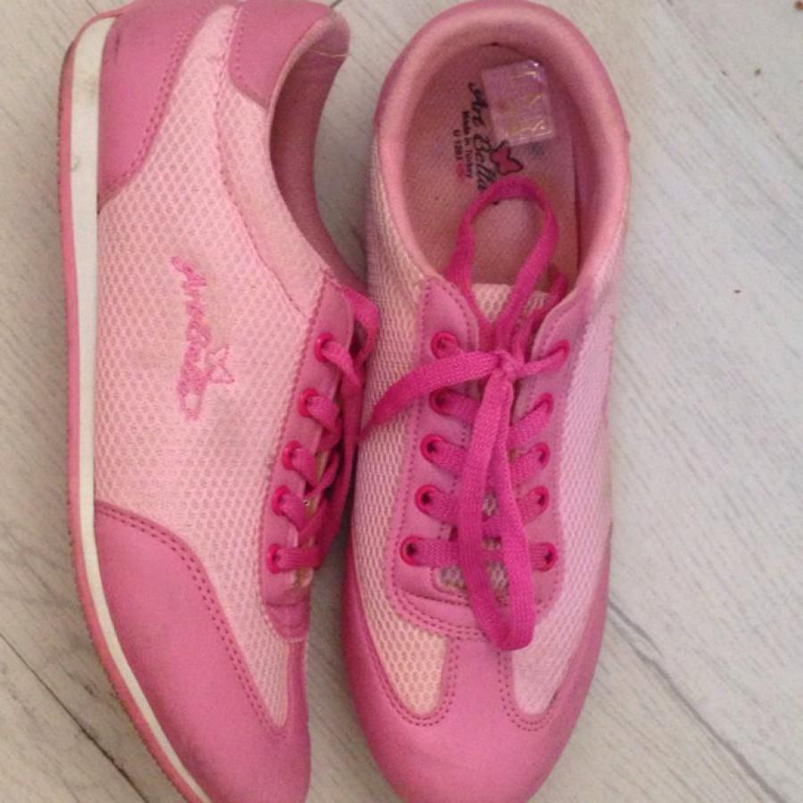 خرید | کفش | زنانه,فروش | کفش | شیک,خرید | کفش | مطابق عكس | Artbella,آگهی | کفش | ٣٨,خرید اینترنتی | کفش | درحدنو | با قیمت مناسب