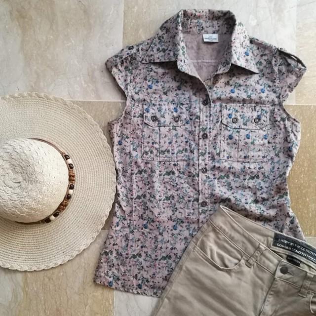 خرید | تاپ / شومیز / پیراهن | زنانه,فروش | تاپ / شومیز / پیراهن | شیک,خرید | تاپ / شومیز / پیراهن | کرمی خاکی گلگلی | یه برند چینی با کیفیت بالا,آگهی | تاپ / شومیز / پیراهن | 36 و 38,خرید اینترنتی | تاپ / شومیز / پیراهن | درحدنو | با قیمت مناسب