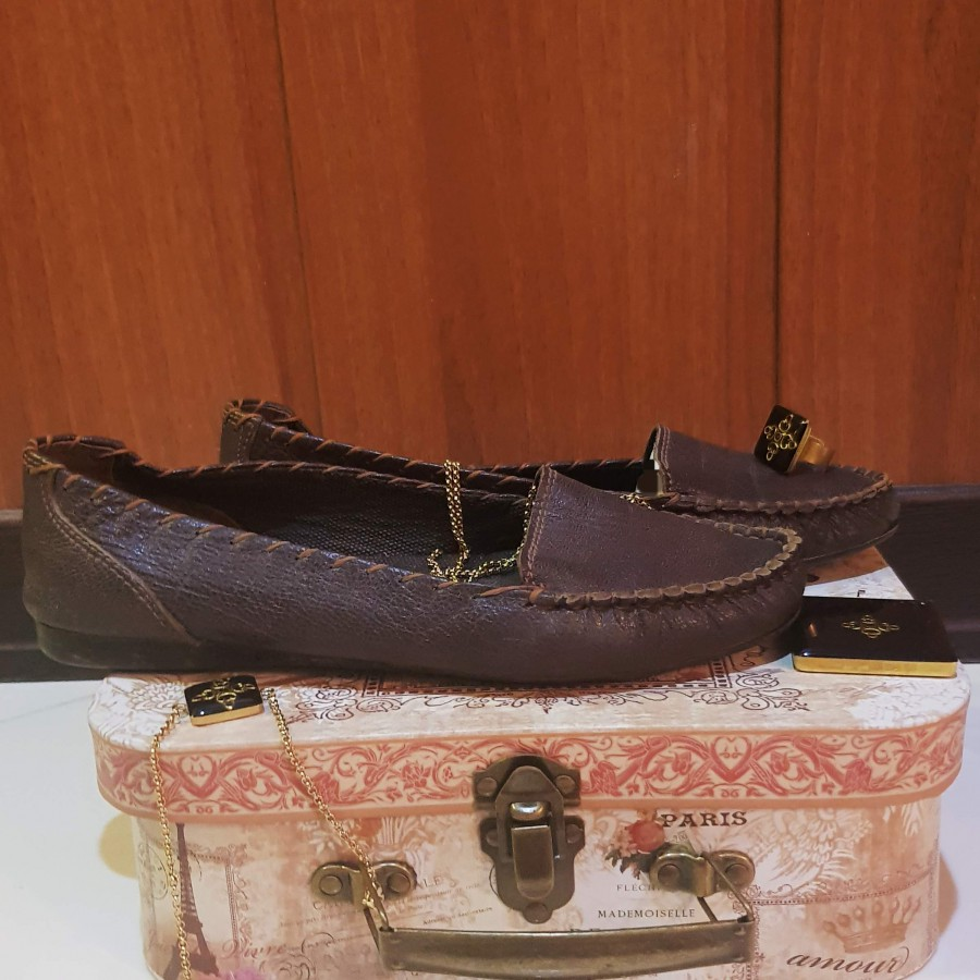 خرید   کفش   زنانه,فروش   کفش   شیک,خرید   کفش   قهوه ای   .,آگهی   کفش   37,خرید اینترنتی   کفش   درحدنو   با قیمت مناسب