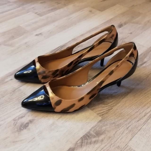 خرید | کفش | زنانه,فروش | کفش | شیک,خرید | کفش | مشکی_پلنگی | CHARLES &KEITH,آگهی | کفش | 38,خرید اینترنتی | کفش | جدید | با قیمت مناسب