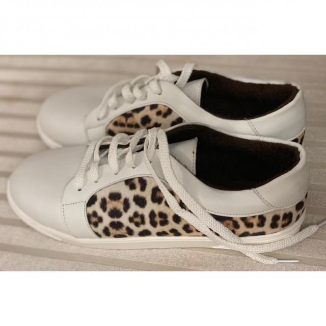 خرید | کفش | زنانه,فروش | کفش | شیک,خرید | کفش | سفید | -,آگهی | کفش | 39,خرید اینترنتی | کفش | جدید | با قیمت مناسب