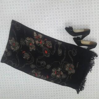 خرید | روسری / شال / چادر | زنانه,فروش | روسری / شال / چادر | شیک,خرید | روسری / شال / چادر | مشکی خوشگل  | LORENZO,آگهی | روسری / شال / چادر | 180*48,خرید اینترنتی | روسری / شال / چادر | درحدنو | با قیمت مناسب