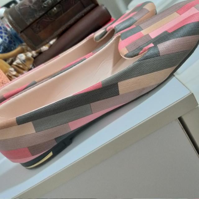 خرید | کفش | زنانه,فروش | کفش | شیک,خرید | کفش | رنگی رنگی صورتی طور?? | زافونی,آگهی | کفش | 39,خرید اینترنتی | کفش | جدید | با قیمت مناسب