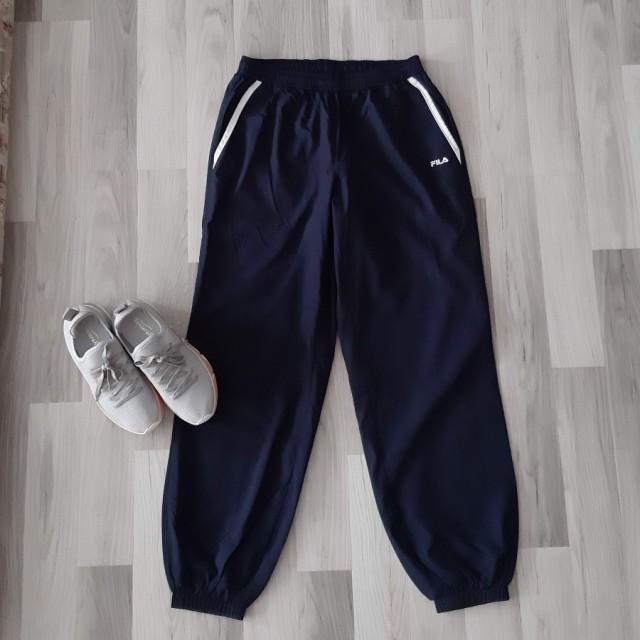 خرید | لباس ورزشی | زنانه,فروش | لباس ورزشی | شیک,خرید | لباس ورزشی | سورمه ای | FILA,آگهی | لباس ورزشی | 40،42,خرید اینترنتی | لباس ورزشی | درحدنو | با قیمت مناسب