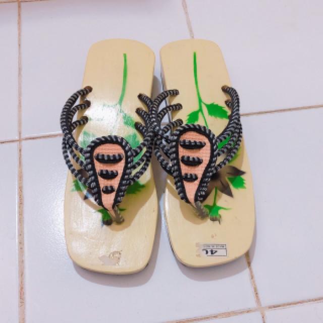 خرید | کفش | زنانه,فروش | کفش | شیک,خرید | کفش | طبق عکس | خارجی,آگهی | کفش | 38,خرید اینترنتی | کفش | جدید | با قیمت مناسب