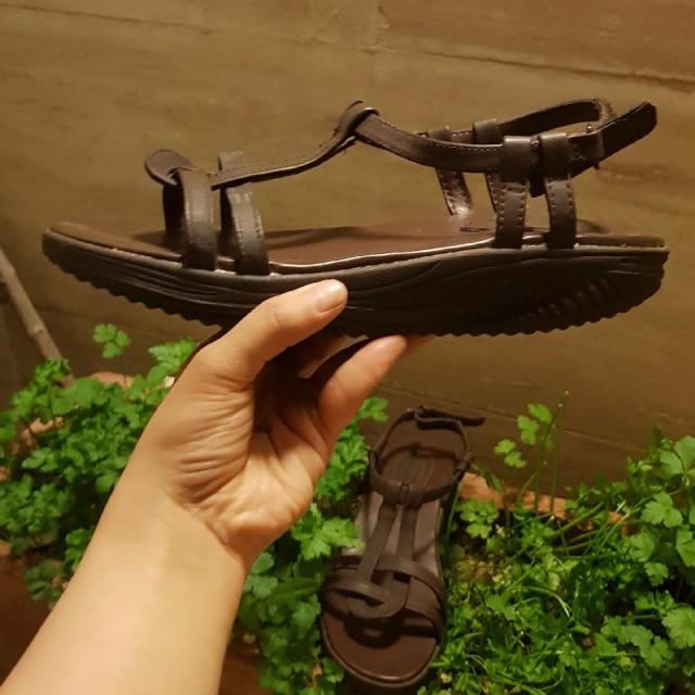 خرید | کفش | زنانه,فروش | کفش | شیک,خرید | کفش | قهوه ای | skechers,آگهی | کفش | 39,خرید اینترنتی | کفش | جدید | با قیمت مناسب