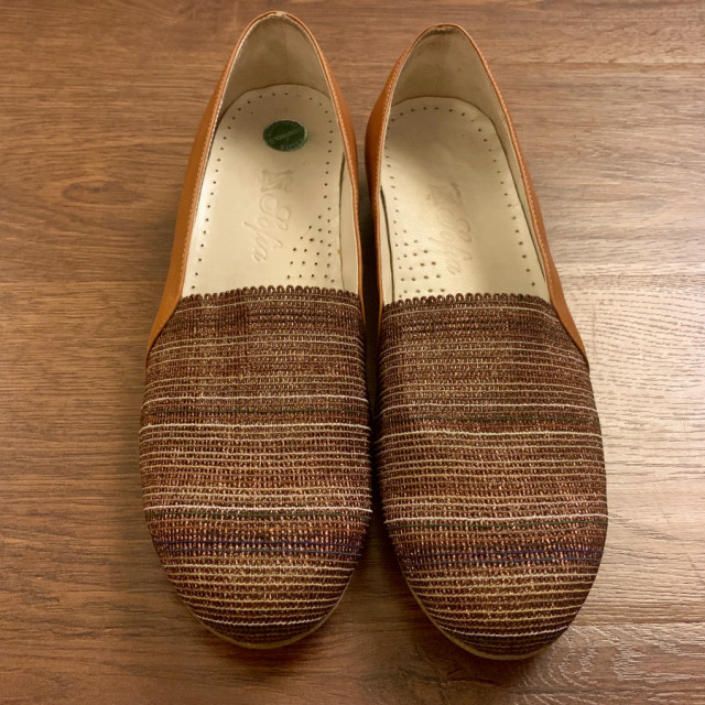 خرید | کفش | زنانه,فروش | کفش | شیک,خرید | کفش | عسلی | چرم ترافیک کفه ترک,آگهی | کفش | 38,خرید اینترنتی | کفش | درحدنو | با قیمت مناسب