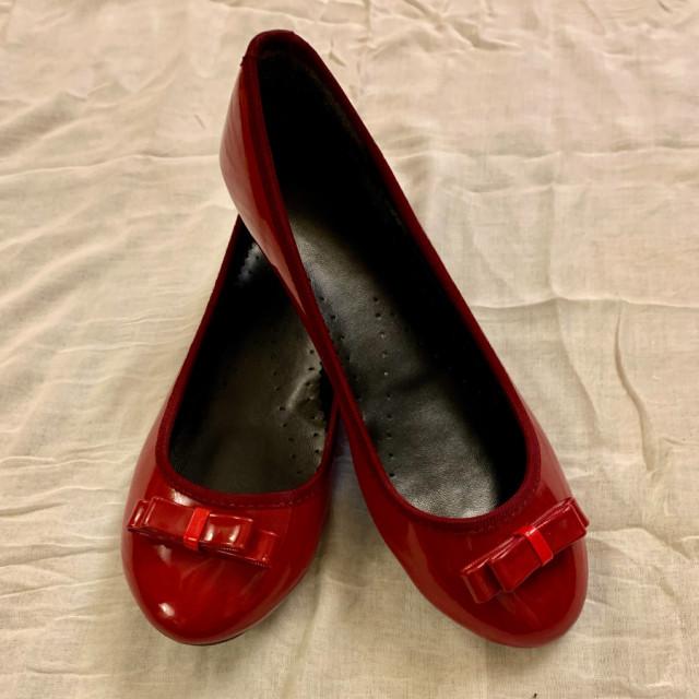خرید | کفش | زنانه,فروش | کفش | شیک,خرید | کفش | قرمز  براق | چینی,آگهی | کفش | 37-37/5,خرید اینترنتی | کفش | جدید | با قیمت مناسب
