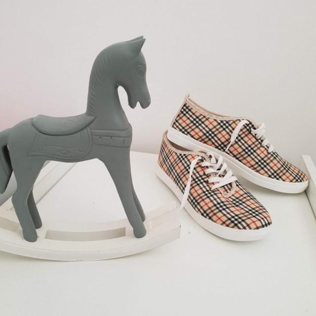 خرید   کفش   زنانه,فروش   کفش   شیک,خرید   کفش   .   .,آگهی   کفش   38-39,خرید اینترنتی   کفش   جدید   با قیمت مناسب