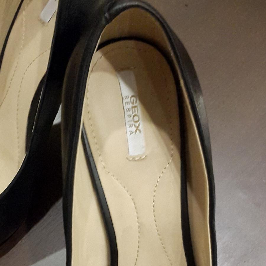 خرید   کفش   زنانه,فروش   کفش   شیک,خرید   کفش   مشکی    Geox,آگهی   کفش   38,خرید اینترنتی   کفش   درحدنو   با قیمت مناسب