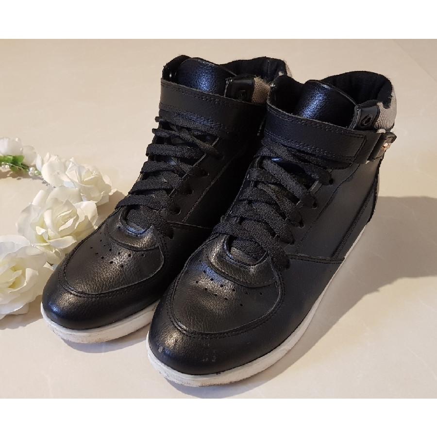 خرید | کفش | زنانه,فروش | کفش | شیک,خرید | کفش | مشکی | .,آگهی | کفش | 38,خرید اینترنتی | کفش | درحدنو | با قیمت مناسب