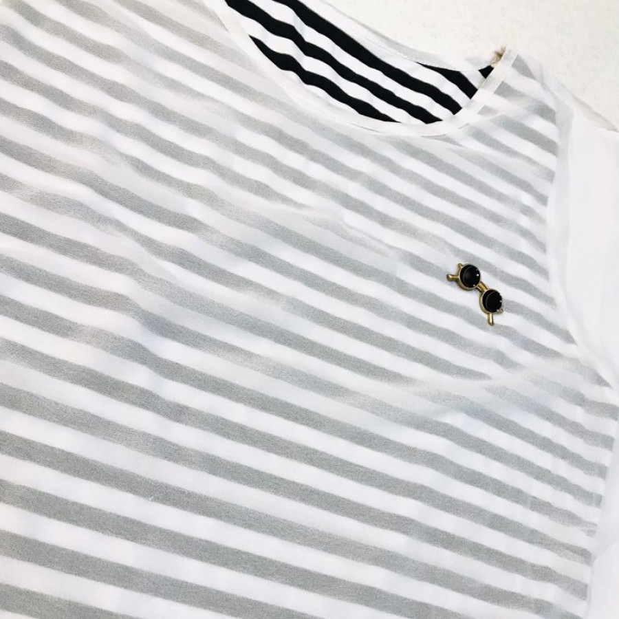 خرید | تاپ / شومیز / پیراهن | زنانه,فروش | تاپ / شومیز / پیراهن | شیک,خرید | تاپ / شومیز / پیراهن | سفیدو مشکی | .,آگهی | تاپ / شومیز / پیراهن | M,خرید اینترنتی | تاپ / شومیز / پیراهن | درحدنو | با قیمت مناسب