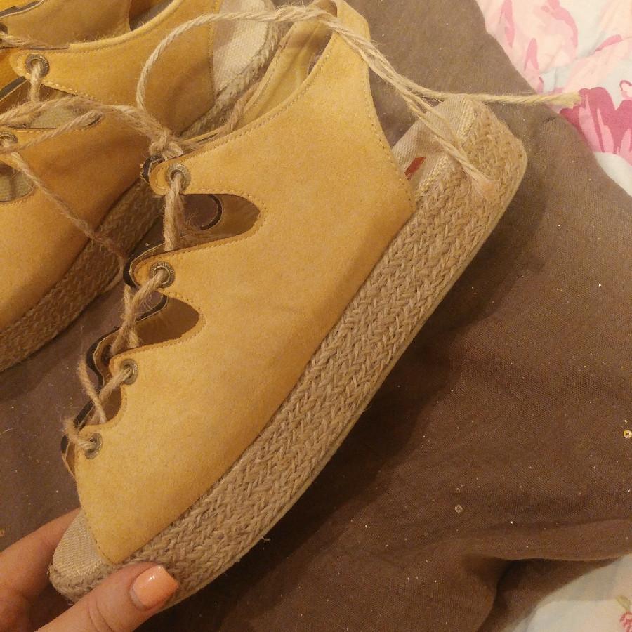 خرید   کفش   زنانه,فروش   کفش   شیک,خرید   کفش   خردلی.زرد   Turk,آگهی   کفش   40,خرید اینترنتی   کفش   درحدنو   با قیمت مناسب