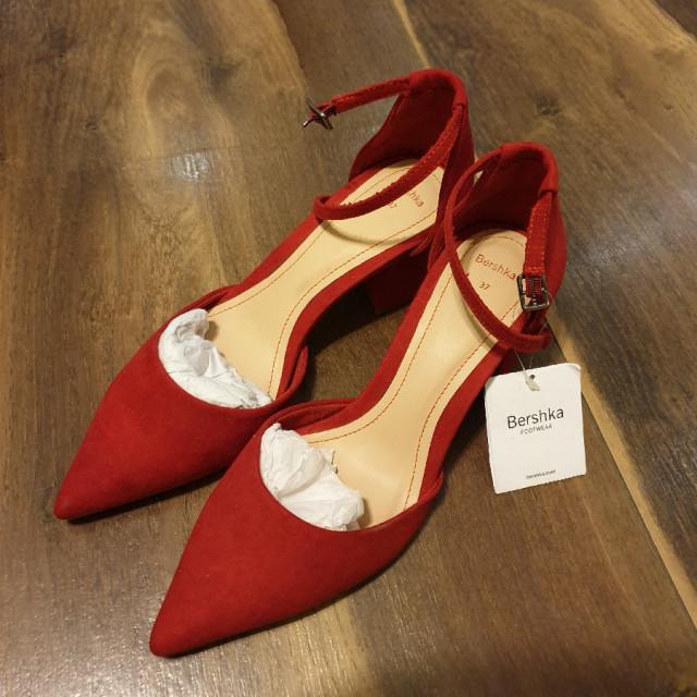 خرید | کفش | زنانه,فروش | کفش | شیک,خرید | کفش | قرمز | برشکا,آگهی | کفش | 37,خرید اینترنتی | کفش | جدید | با قیمت مناسب