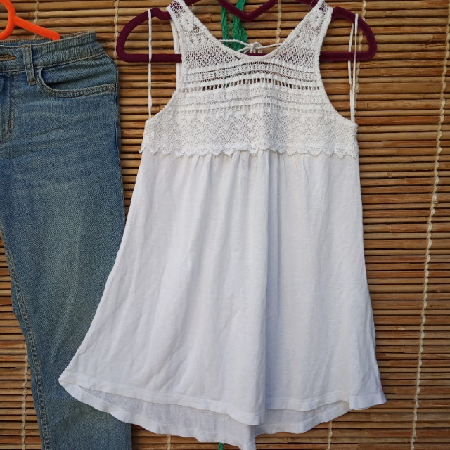 خرید | تاپ / شومیز / پیراهن | زنانه,فروش | تاپ / شومیز / پیراهن | شیک,خرید | تاپ / شومیز / پیراهن | سفید | Stradivarius,آگهی | تاپ / شومیز / پیراهن | 32,34,خرید اینترنتی | تاپ / شومیز / پیراهن | درحدنو | با قیمت مناسب