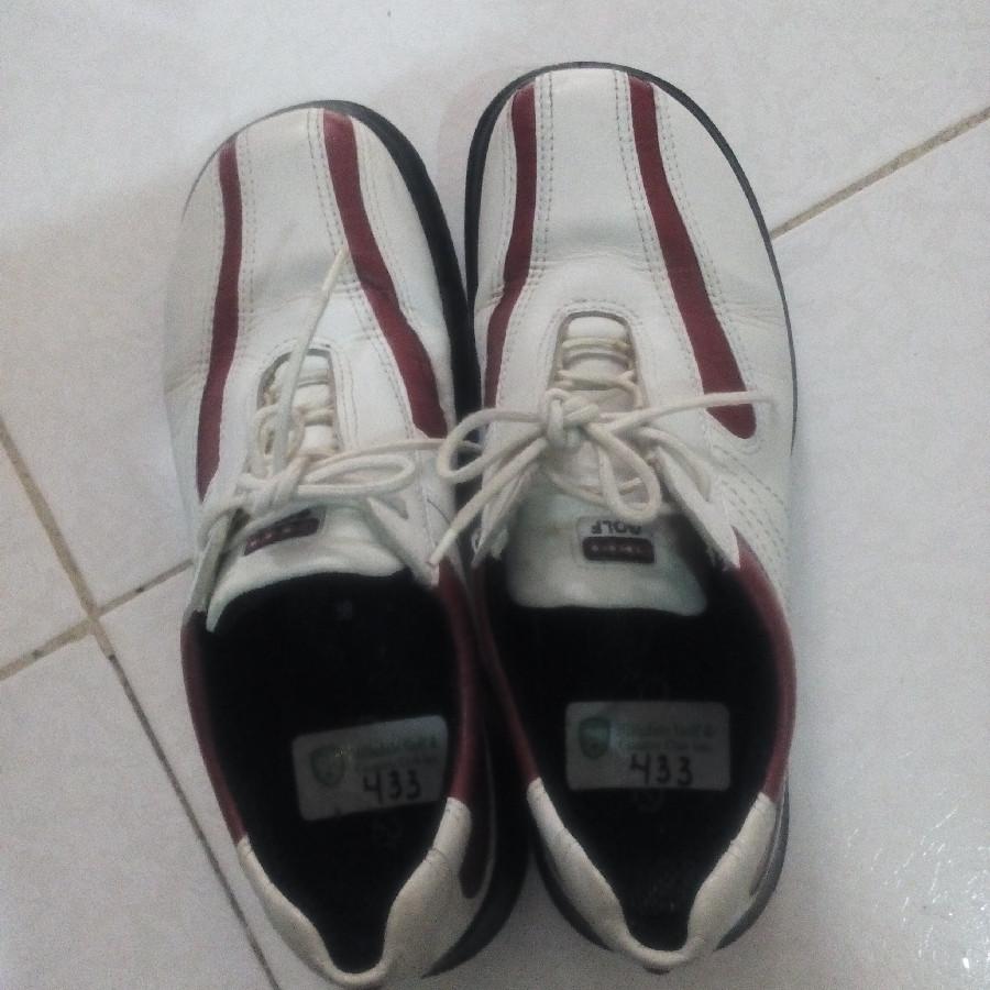 خرید   کفش   زنانه,فروش   کفش   شیک,خرید   کفش   سفید زرشکی   اکو ecco,آگهی   کفش   38,خرید اینترنتی   کفش   درحدنو   با قیمت مناسب