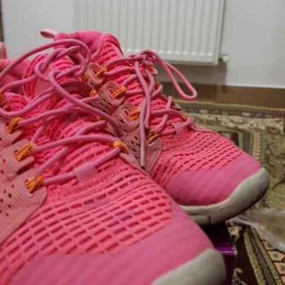 خرید | کفش | زنانه,فروش | کفش | شیک,خرید | کفش | صورتی  هایلایت طوری?? | نایک,آگهی | کفش | 39,خرید اینترنتی | کفش | درحدنو | با قیمت مناسب