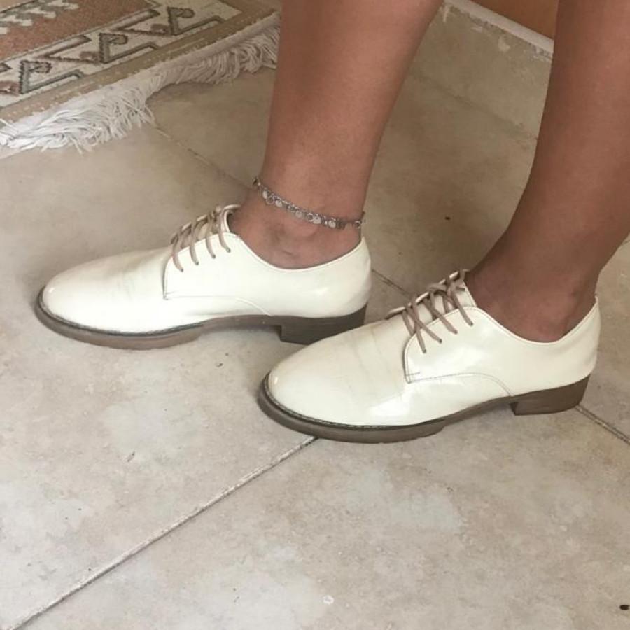 خرید   کفش   زنانه,فروش   کفش   شیک,خرید   کفش   شیری   نمیدونم,آگهی   کفش   39,خرید اینترنتی   کفش   درحدنو   با قیمت مناسب