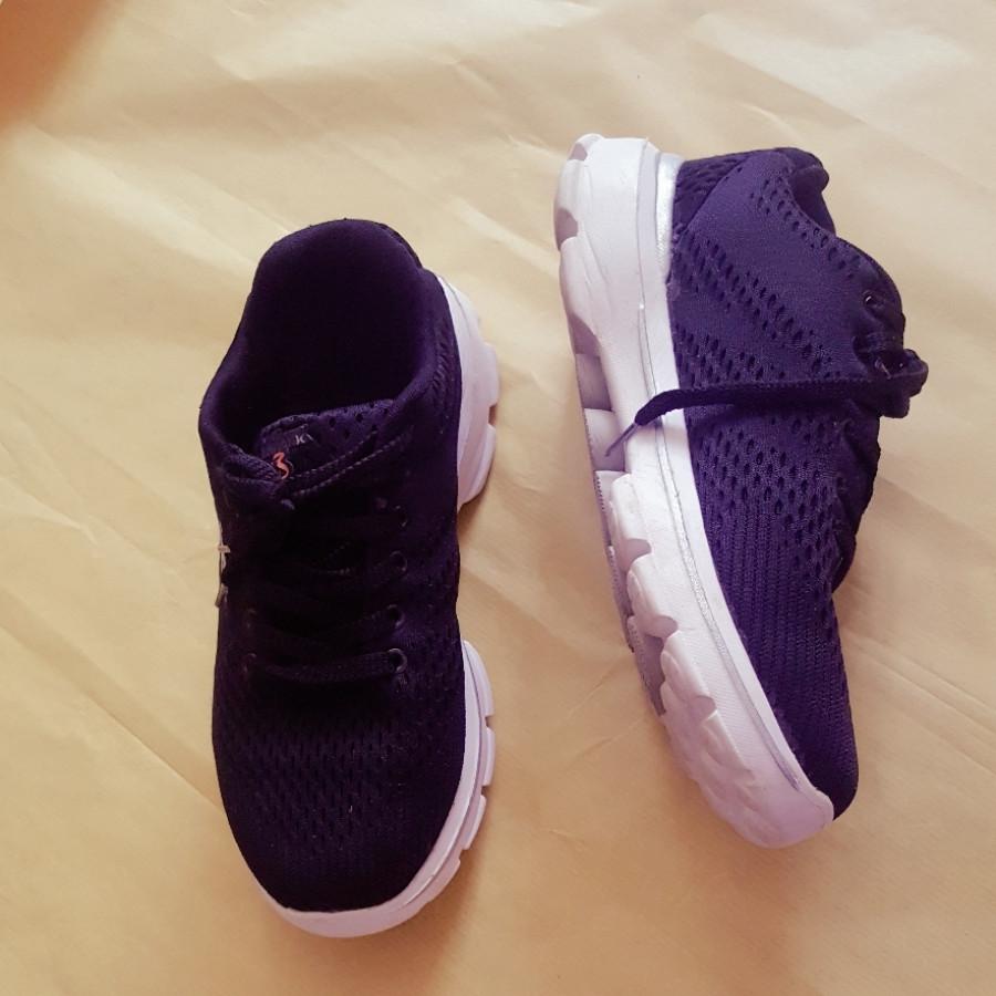 خرید   کفش   زنانه,فروش   کفش   شیک,خرید   کفش   مشکی   اسکچرز ویتنامی,آگهی   کفش   41 و 40ونیم,خرید اینترنتی   کفش   درحدنو   با قیمت مناسب