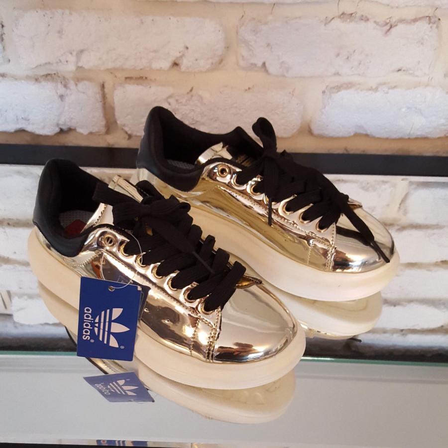 خرید | کفش | زنانه,فروش | کفش | شیک,خرید | کفش | طلایی هولوگرامی | آدیداس,آگهی | کفش | تو عکس سوم هست کامل ۳۸,خرید اینترنتی | کفش | جدید | با قیمت مناسب