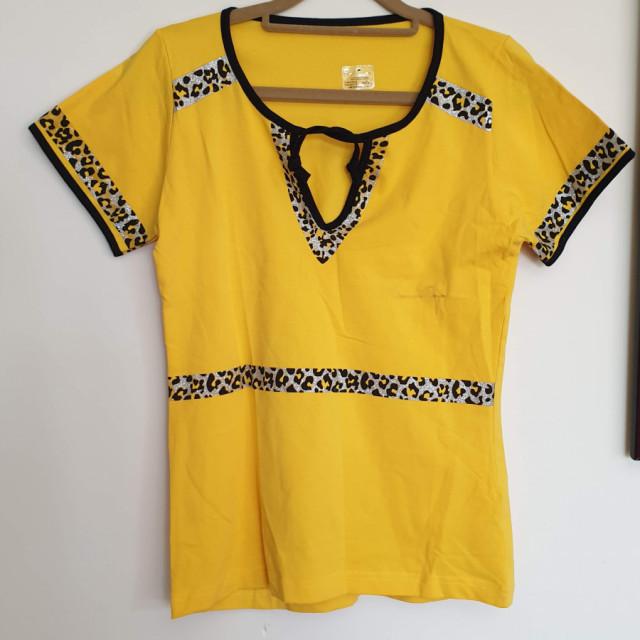 خرید | تاپ / شومیز / پیراهن | زنانه,فروش | تاپ / شومیز / پیراهن | شیک,خرید | تاپ / شومیز / پیراهن | زرد وپلنگی | ترک,آگهی | تاپ / شومیز / پیراهن | مدیوم تالارج.عرض۴۲.قد۶۳,خرید اینترنتی | تاپ / شومیز / پیراهن | جدید | با قیمت مناسب