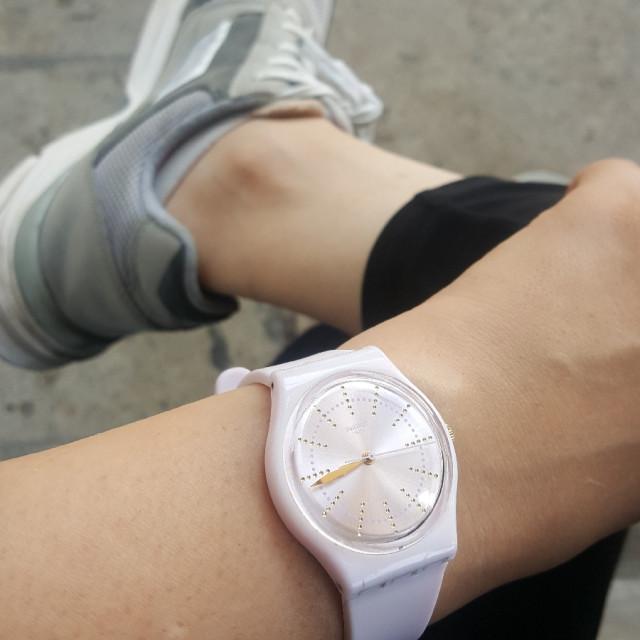 خرید   ساعت   زنانه,فروش   ساعت   شیک,خرید   ساعت   صورتی   سواچ,آگهی   ساعت   -,خرید اینترنتی   ساعت   درحدنو   با قیمت مناسب