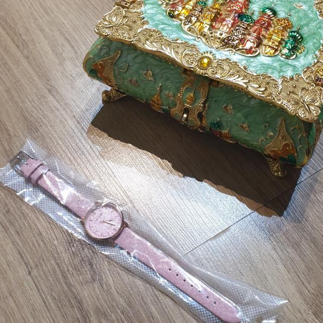 خرید | ساعت | زنانه,فروش | ساعت | شیک,خرید | ساعت | صورتی | .,آگهی | ساعت | .,خرید اینترنتی | ساعت | جدید | با قیمت مناسب