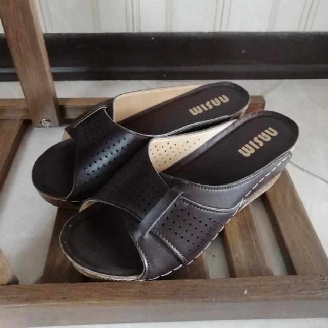 خرید   کفش   زنانه,فروش   کفش   شیک,خرید   کفش   قهوه ای   Nasim,آگهی   کفش   41,خرید اینترنتی   کفش   جدید   با قیمت مناسب